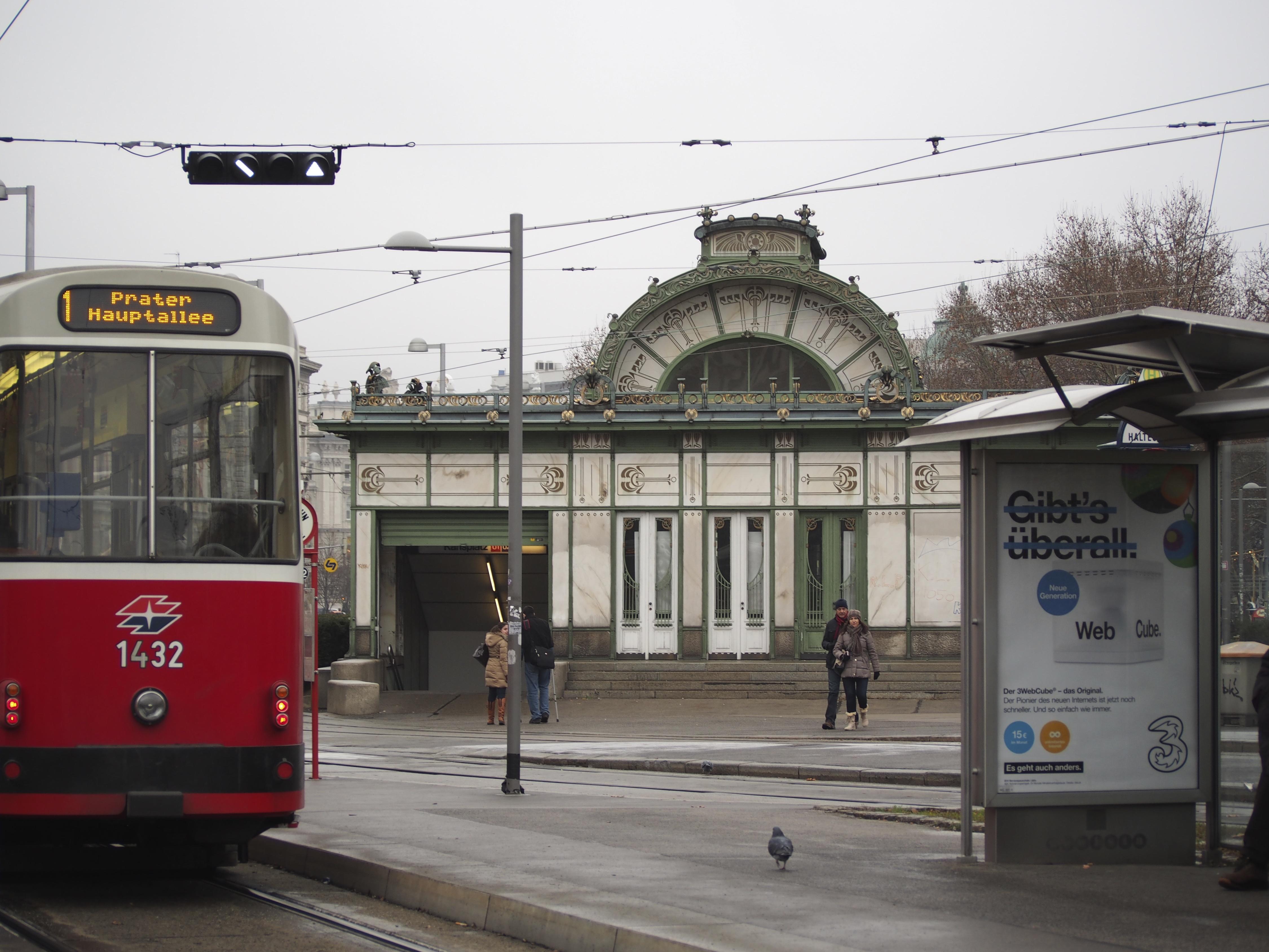Karlsplatz1.jpg